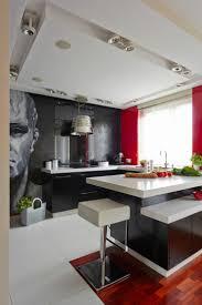 cuisine noir et rouge déco maison en rouge pour un appartement moderne vivons maison