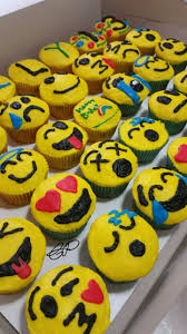 best 25 cupcake emoji ideas on pinterest kids birthday cupcakes