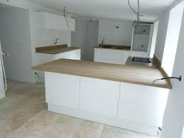 cuisine blanc laqué et bois plan de travail cuisine blanc cuisine bois et blanc laque blanche