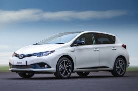 toyota family car four out of ten toyota cars in the uk are now hybrids by car magazine