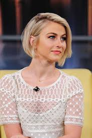 julia hough new haircut 30 pictures of julianne hough with beautiful short hair short