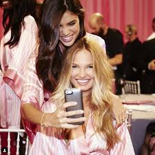 beauty tips and truths straight from victoria 39 s secret angels and their hair and makeup
