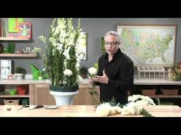j shares the secret for using less flowers and creating a huge