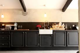 repeindre une cuisine rustique repeindre cuisine bois cheap repeindre sa cuisine en bois with