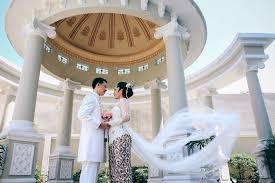 wedding dress jogja sahid rich jogja wedding yogyakarta wedding photographer