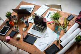 Organize Your Desk by Afternoon Slump At Work 18 Tips To Beat It Reader U0027s Digest
