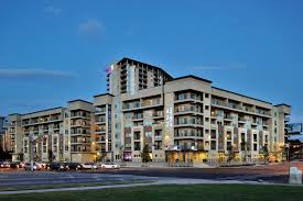4 703 apartments for rent in austin tx zumper 422 at the lake
