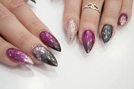 diy tutorial glitter ombré nail art mermaid gossip blog