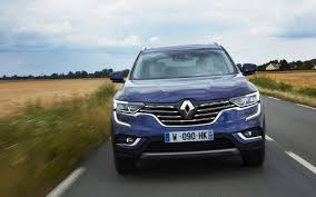 renault koleos 2017 red comparison renault koleos intens 2017 vs hyundai santa fe