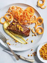 ricardo cuisine recette de steak frites à la patate douce de ricardo cuisine