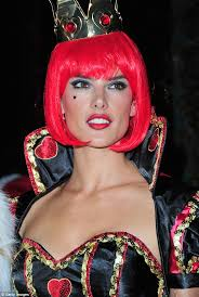 Queen Spades Halloween Costume Alessandra Ambrosio Smoulders Alice Wonderland U0027s Evil Queen