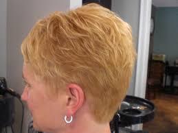 back view of wedge haircut short wedge haircuts angled medium hair styles ideas 45057