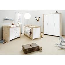 chambre en chene massif chambre chêne massif naturel et blanc candéo lestendances fr