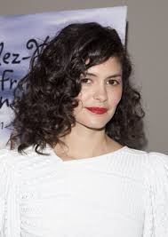 curly lob hairstyle 15 of the best hairstyles for medium length curly hair beautyeditor