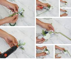 How To Make A Corsage Wristlet How To Make A Corsage