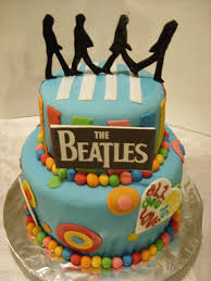 21 elaborately decorated cakes for music lovers the beatles guff