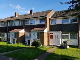three bedroom house available to rent heston tw5 in hounslow