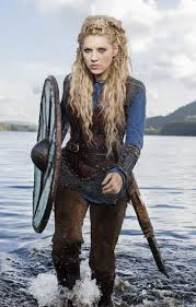 how to do hair like lagatha lothbrok lagertha s hair never disappoints pinteres