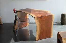 bureau bois les meubles bois brut la tendence et le style nature sont là