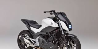 tesla concept motorcycle honda u0027s self balancing rider assist motorcycle is perfect for