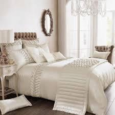 Luxury Bed Linen Sets Bedroom Bed Upscale Bedroom Sets White Bedspread High End