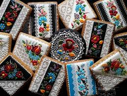 judit czinkné poór pastry chef makes incredibly intricate cookie masterpieces