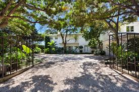 Hialeah Commercial Real Estate For Lombardi Properties Find Your Miami Home Today