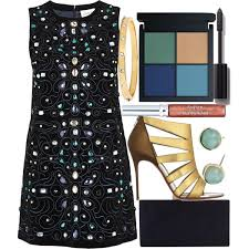 what color shoes to wear with black party dress 2017