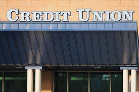 can i make a deposit at any credit union