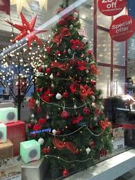 Christmas Decorations Online In Dubai by Expat Life With Chickenruby Christmas In Dubai Hdygg