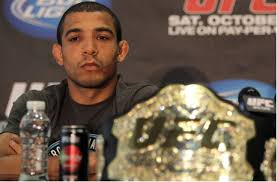 McGregor bate José Aldo em 13 segundos e fica com cinturão dos ...