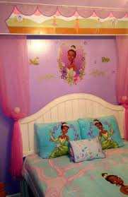Disney Princess Canopy Bed Create A Disney Princess Bedroom Theme For Your Little Girl