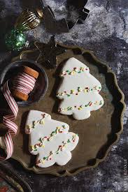 Decorated Christmas Tree Cookies by 65 Easy Christmas Cookies Great Recipes For Holiday Cookie Ideas