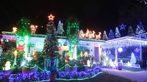 two best christmas light houses battle it out for the 2015 crown