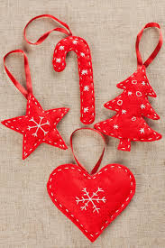 4 adornos navideños de fieltro fáciles de hacer manualitats