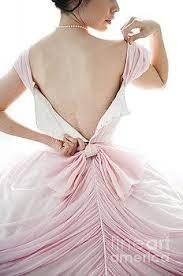 pin by hilda sanchez on women undressing pinterest