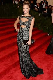 Red Carpet Gowns Sale by Jessica Alba U0027s Vestiaire Collective Sale Instyle Com