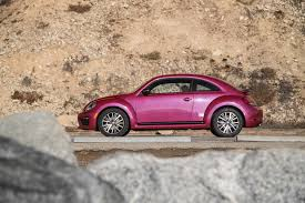 volkswagen sports car 2017 7 things to know about the 2017 volkswagen pinkbeetle motor trend