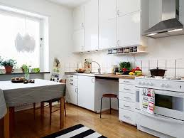 Tiny Kitchens Ideas Small Kitchens Designs Wood Dark Table White High Gloss Countertop