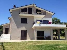 appartamenti in villa immobili in affitto a francavilla al mare affitto villa piscina