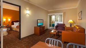 two bedroom suites near disneyland best disneyland hotels for large families