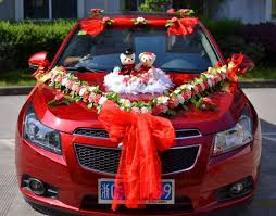 How To Decorate A Wedding Car With Flowers Car Decoration Flowers Decorative Flowers