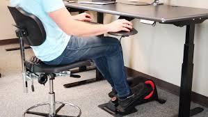 Ergonomic Office Desk Setup How To Set Up An Ergonomically Proper Desk Cycle