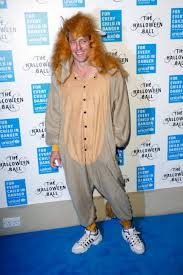 halloween lion costumes hugh grant wins halloween in busted lion costume access hollywood