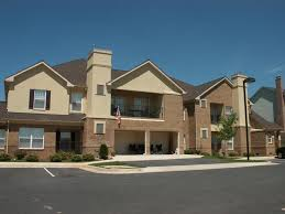 apartment complexes and hoas professional pressure washing