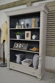 Rustic Book Shelves by Best 25 Rustic Bookcase Ideas On Pinterest