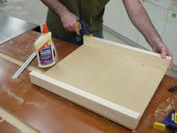 miter cuts on table saw simple tablesaw sled yields super precise cuts startwoodworking com