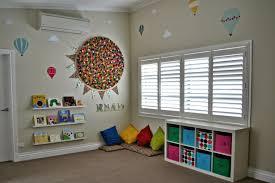 rangement chambre d enfant rangement salle de jeux enfant 50 idées astucieuses