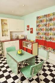 retro kitchen furniture like the 50 s 60 s diner style table and chairs tiny home small