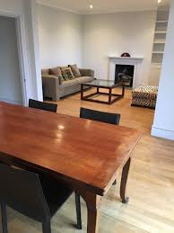 Double Reception Desk by Large 2 Bed Double Reception Flat In West Kensington W14 To Let